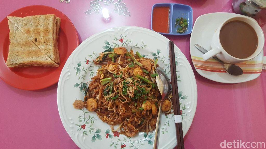 Foto: Kopi Legit, Mie Unik dan Roti Renyah di Pekanbaru