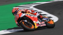 Kalahkan Rossi, Marquez Rebut Pole di Silverstone