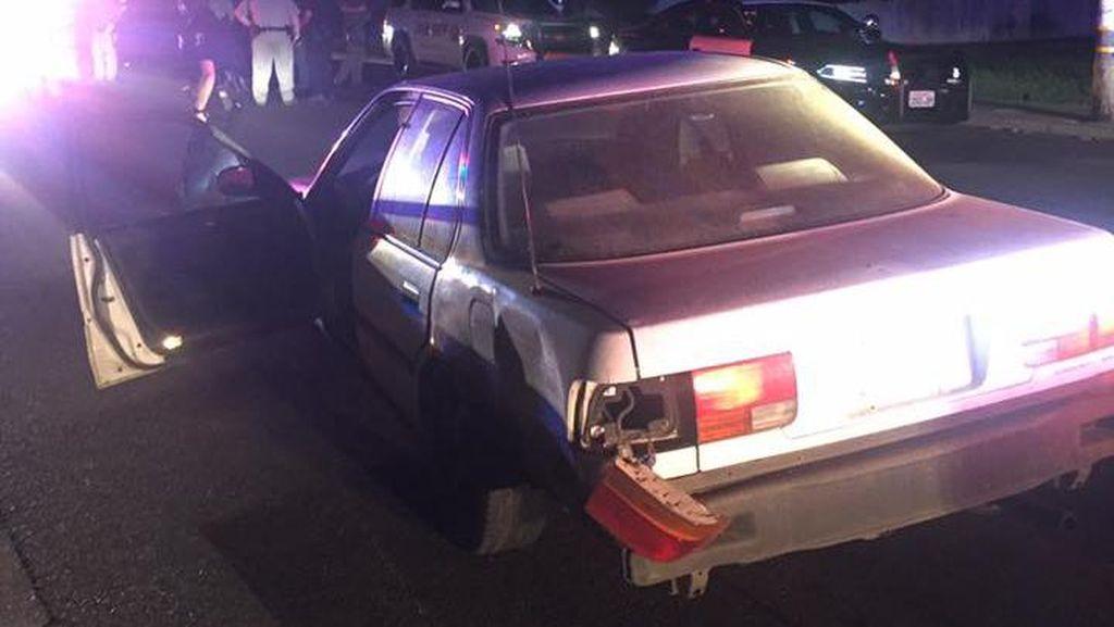 Konyol, Usai Curi Mobil Pria Ini Malah Tanya Jalan ke Polisi