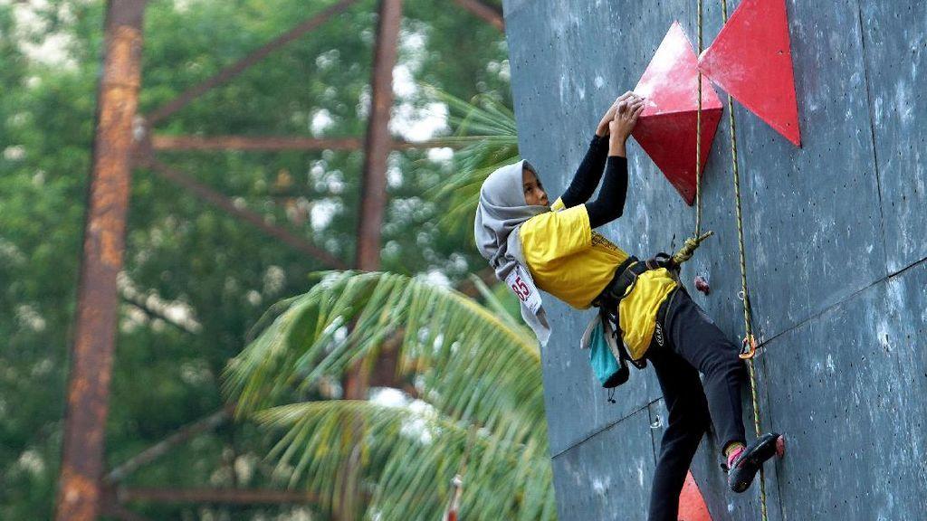 Mencari Atlet Panjat Tebing Potensial