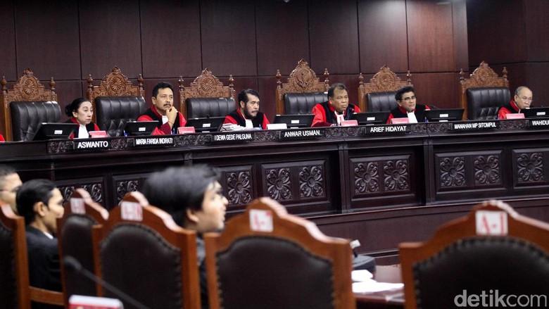 MK Tolak Ketok Putusan Sela Gugatan Hak Angket, Pemohon Kecewa