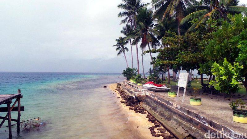 Pulau Nusa Ra adalah pulau cantik yang ada di Kabupaten Halmahera Selatan, Maluku Utara. Inilah pulau yang sedang dikembangkan jadi destinasi wisata unggulan di sana (Wahyu/detikTravel)