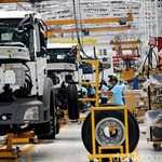 Mercedes-Benz Klaim Mampu Merakit 7 Truk per Hari