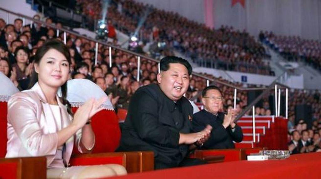 Korut Luncurkan Rudal, Kim Jong-Un Dikabarkan Punya Anak Ketiga