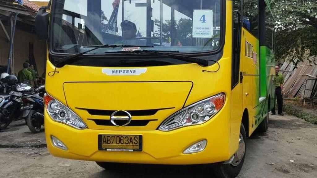 15 Bus Hino Resmi Jadi Trans Jogja