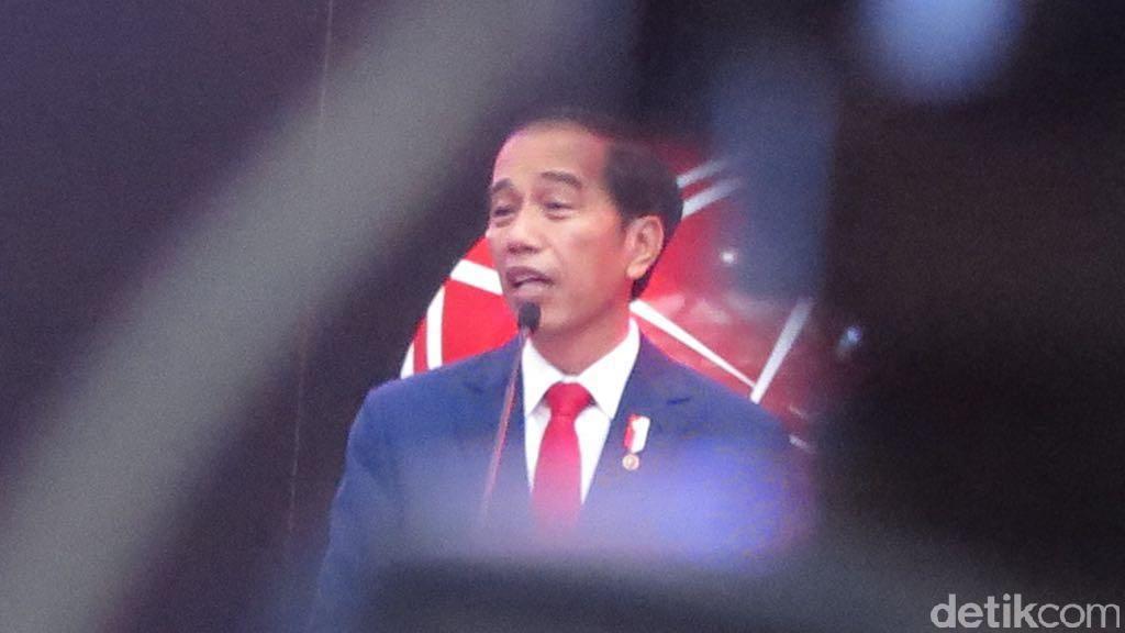 Jokowi Naikkan Tunjangan Guru di Daerah Tahun Depan