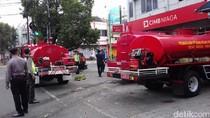 Kebakaran Pintu Masuk CIMB Niaga Diduga Arus Pendek