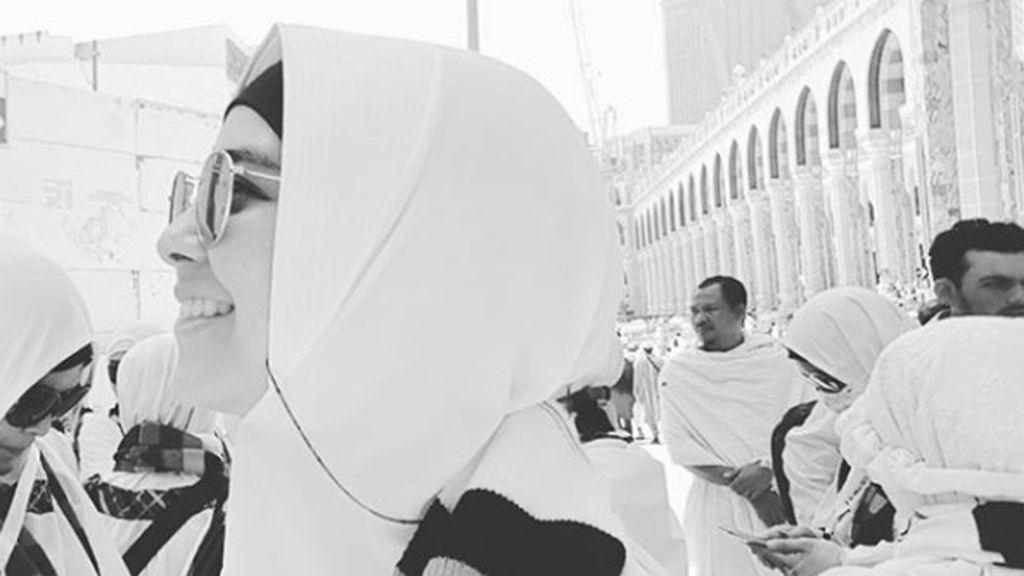 Salam dari Risty Tagor yang Tengah Tunaikan Ibadah Haji