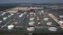 Bandara Hingga Kilang Minyak yang Terdampak Badai Harvey