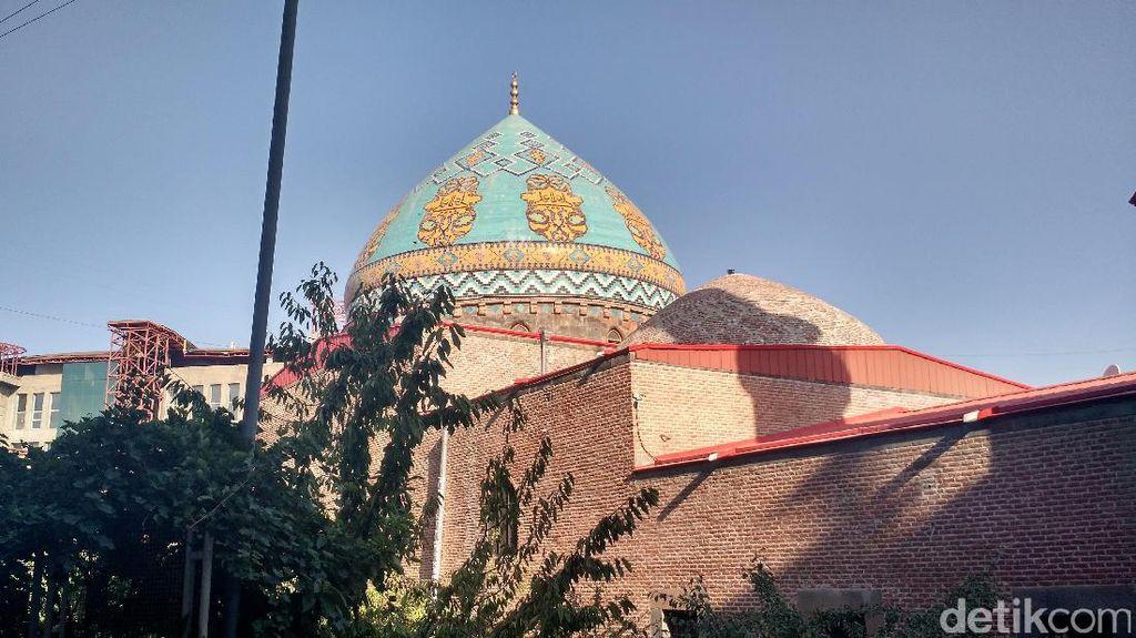 Idul Adha di Negara Pojok Timur Tengah yang Cuma Ada 1 Masjid