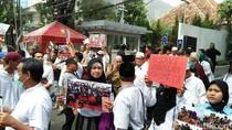 Ikut Demo di Kedubes, Anggota DPR Minta Kerja Sama RI-Myanmar Diputus
