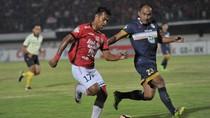 Cukur Persela, Bali United Pertahankan Puncak Klasemen