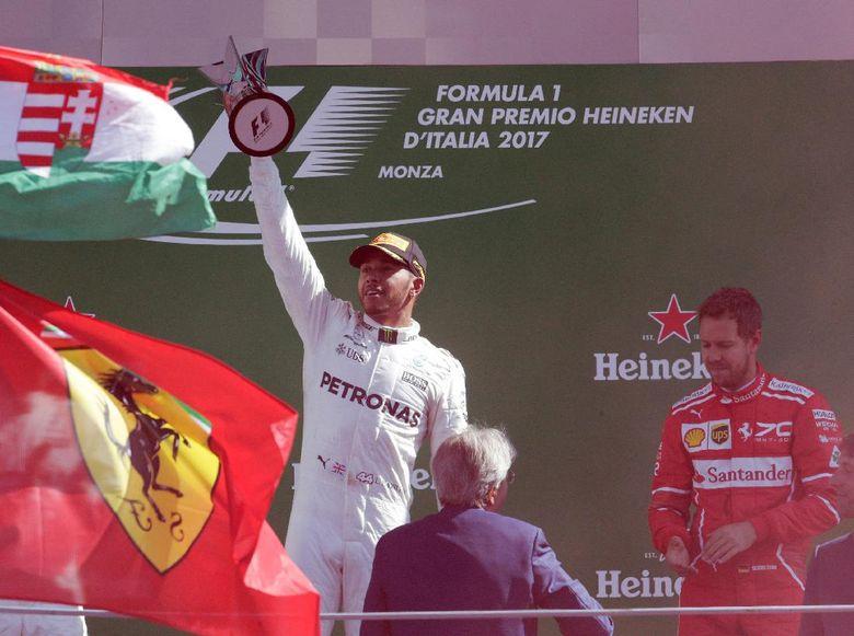 Hamilton Menikmati Peran Antagonis di Monza