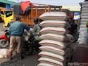HET Berlaku, Ini Daftar Harga Beras di Pasar Induk Cipinang