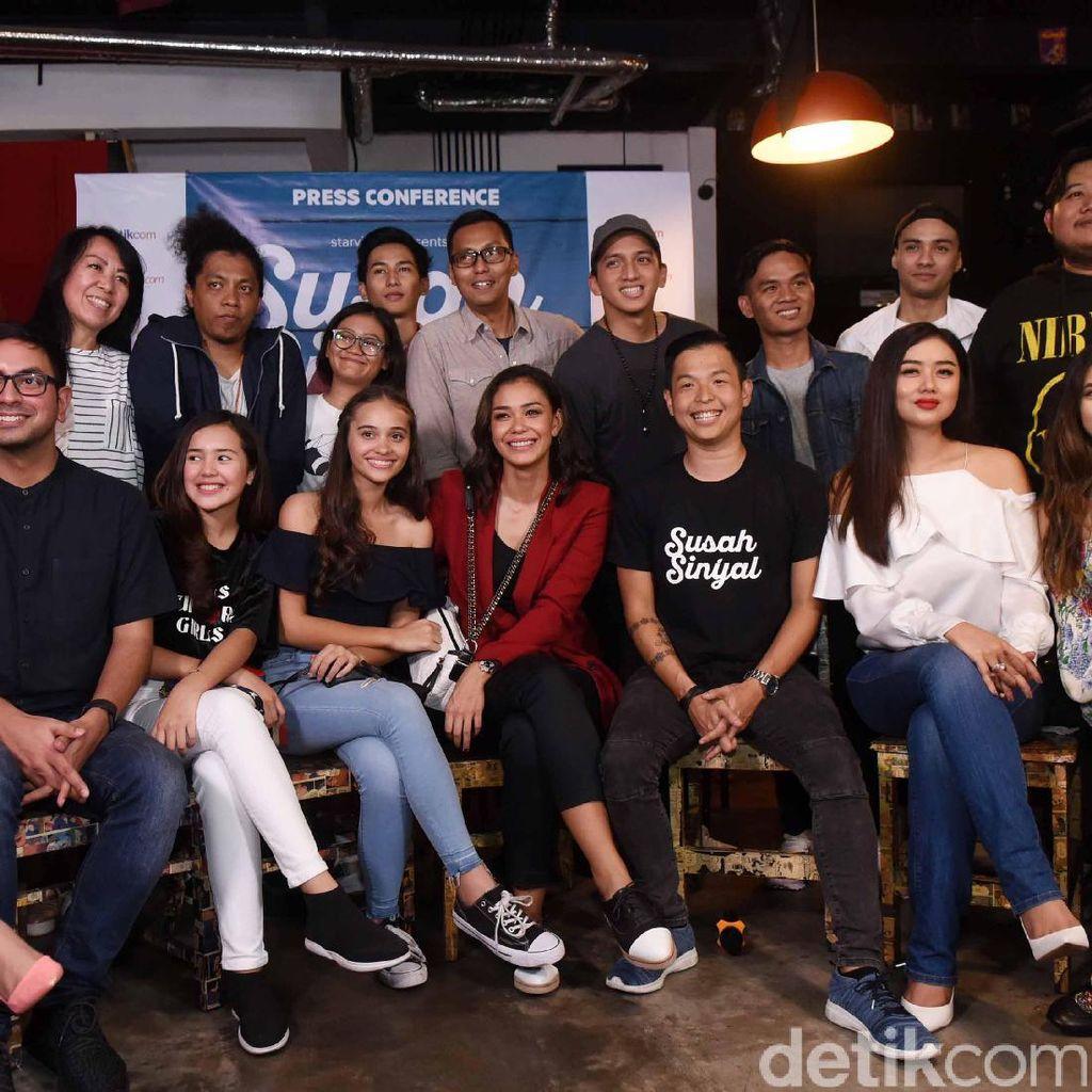 Bikin Film Susah Sinyal, Ernest Prakasa Belum Bisa Berpaling dari Komedi