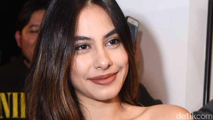 Laudya Cynthia Bella Bridal Shower, Giring Nidji Terjun ke Politik
