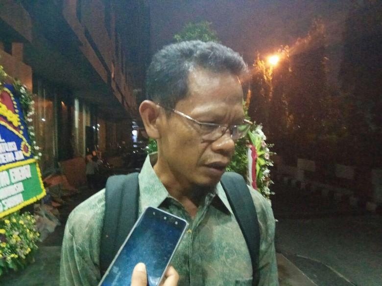Kasus Dugaan Penipuan Agen PT - Jakarta PT Azizi Tour and Travel dilaporkan ke Bareskrim Polri terkait kasus dugaan penipuan perjalanan Salah satu agen