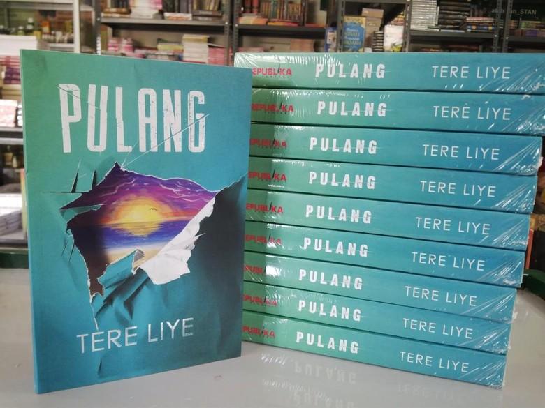 Polemik Tingginya Pajak Penulis, Tere Liye Tetap Terbitkan Buku Lewat Medsos