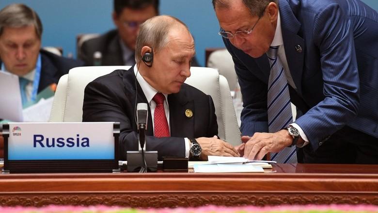 Korut Lebih Suka Makan Rumput - Moskow Presiden berpendapat sanksi atas Korea Utara tidak berguna dengan mengatakan bahwa akan lebih suka makan rumput daripada