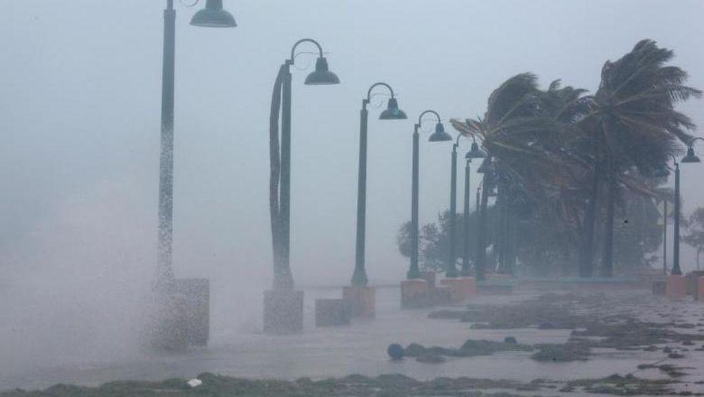 8 Orang Tewas Akibat Badai Irma