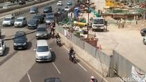 Bukan Larangan Motor, Ini Usul Warga Urai Macet di Jalan Sudirman