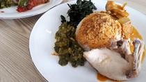Sepakat Sentosa: Nikmatnya Nasi Padang dari Beras Organik dengan Lauk Ayam Pop
