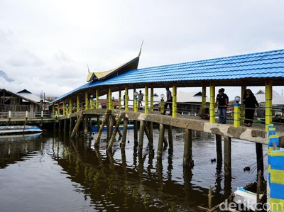 Cuma di Tempat Ini, Jembatan Terbuat dari Batu Bacan