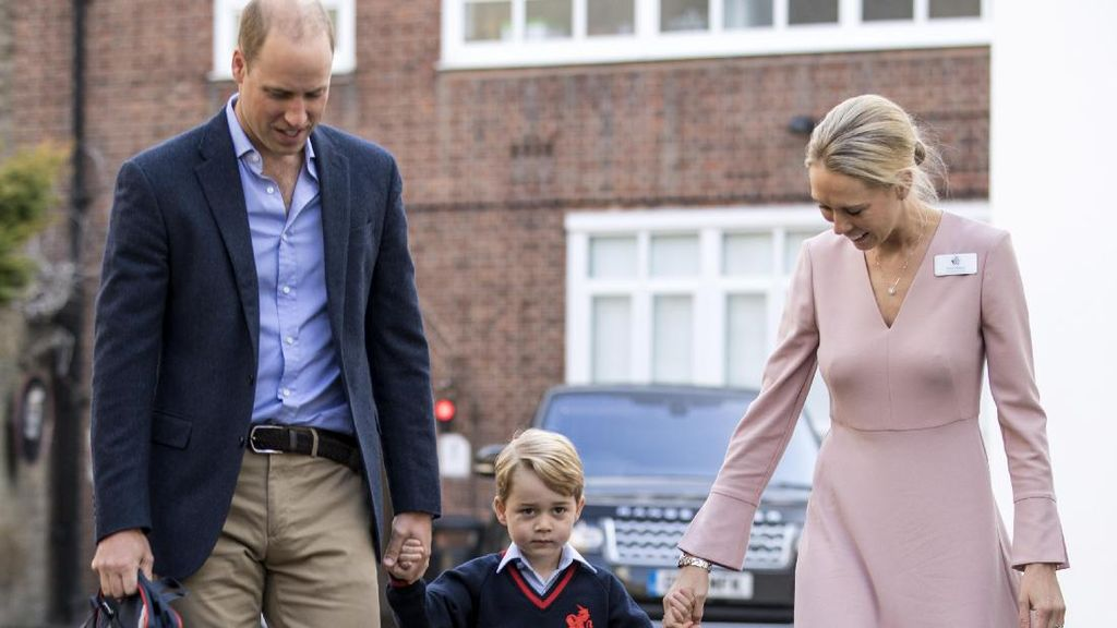 Saat Kepala Sekolah Pangeran George Meniru Gaya Kate Middleton
