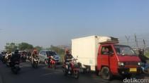 Begini Suasana Jalan ke Bandara Pondok Cabe Saat Jam Sibuk