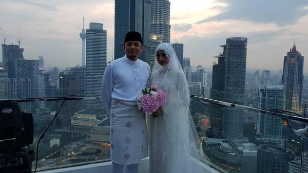 Sahabat Bahagia Akhirnya Laudya Cynthia Bella Menikah