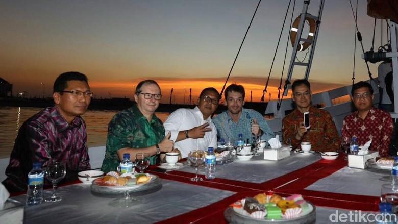 Wali Kota Makassar Ajak Dubes Prancis Berlayar Pakai Pinisi