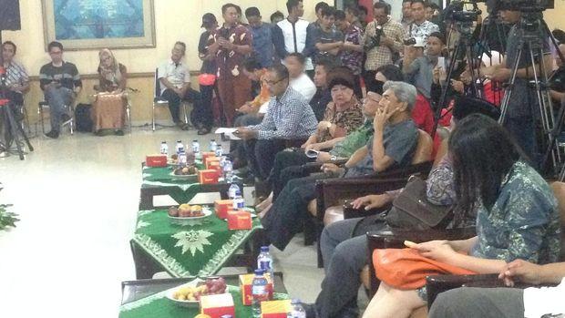 Wamenlu dan Fadli Zon Hadir di Acara 'Puisi untuk Rohingya'