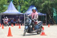 Yamaha Fino Grande digunakan dalam praktik Yamaha Goes to School Safety Riding Competition (Foto: Yamaha)