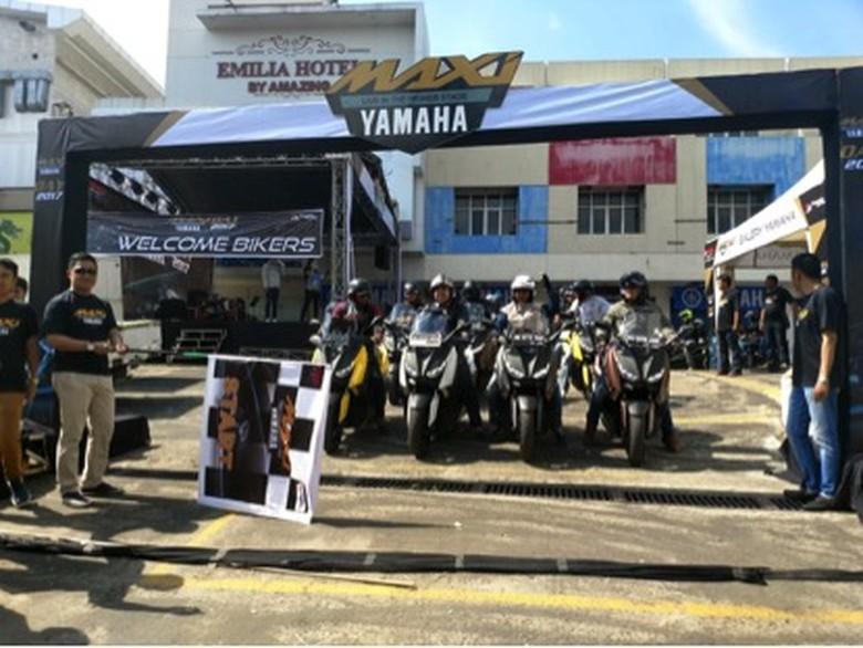 Ekspresi Cinta Skutik Premium Yamaha di #MAXIYAMAHADAY Palembang