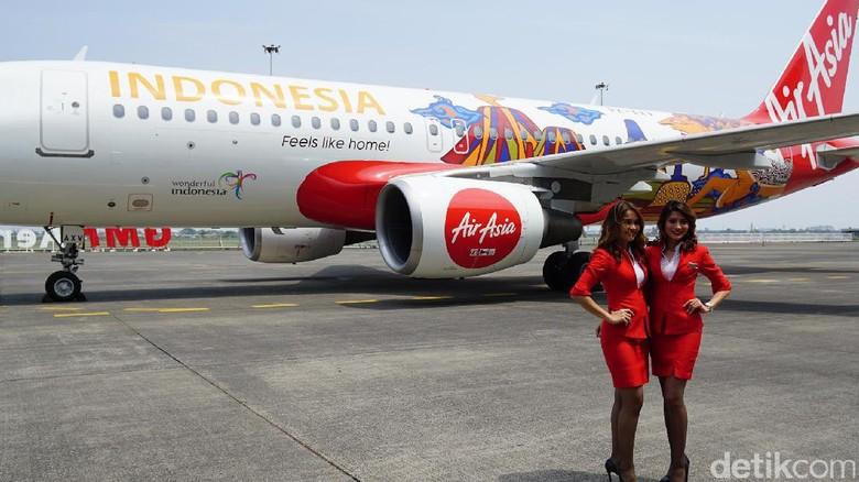 Maskapai AirAsia meluncurkan pesawat bergambar Borobudur dan Bromo (Masaul/detikTravel)