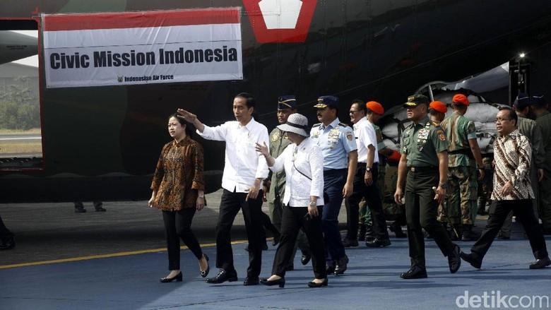Foto: Jokowi Lepas Pengiriman Bantuan untuk Rohingya