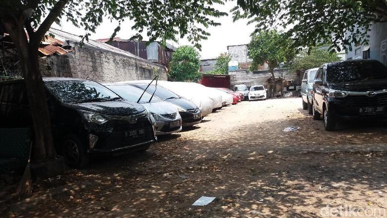Tidak Punya Garasi, Penyewaan Parkir di Palmerah Jadi Solusi