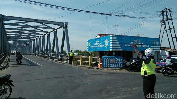 Jembatan Ploso Diperbaiki/