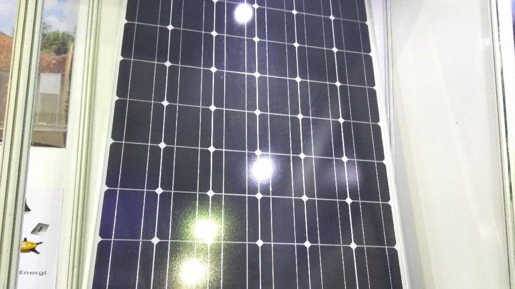 Pemerintah Bidik Pemasangan Solar Panel di Atap Sejuta Rumah
