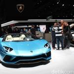 Lamborghini Pamer Aventador S Tanpa Atap