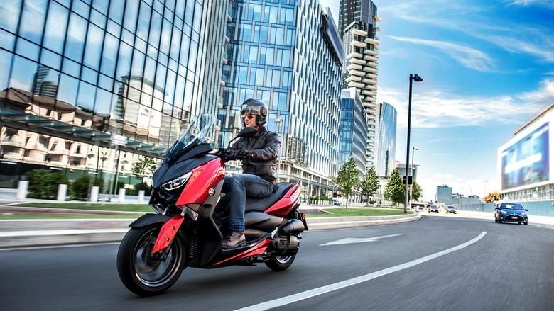 Yamaha XMAX Kini Ada Mesin 125 cc