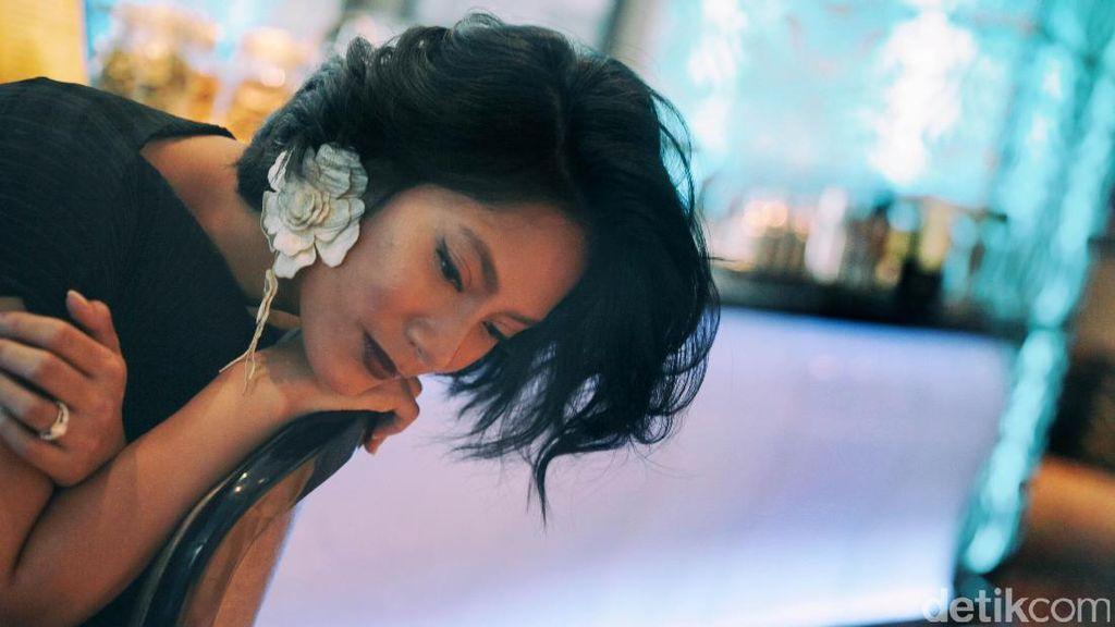 Kilas Balik Tara Basro Mengawali Karier Berakting di Layar Perak