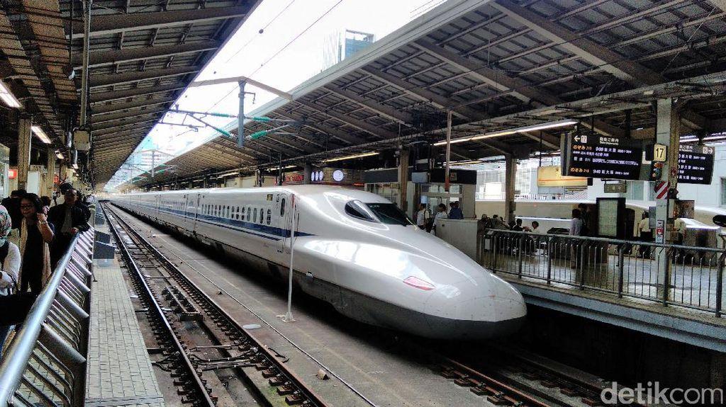 Foto: Whuzz! Ini Dia Shinkansen yang Bisa Ngebut 300 Km/Jam