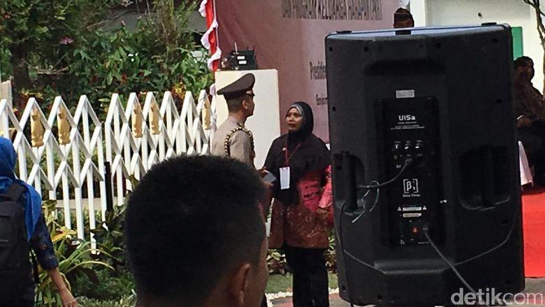 Dikasih Sepeda, Ibu di Banjarmasin Malah Minta Laptop ke Jokowi