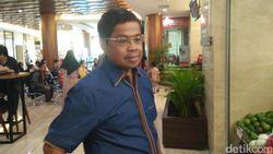 Surat Dukung Emil Disebut Bodong, Idrus Tolak Jelaskan Tanda Tangan