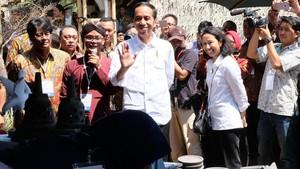 Presiden Jokowi Kunjungi Dua Balkondes di Magelang