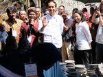 Curhatan Jokowi yang Dilarang Stafnya Pasang Foto Narsis