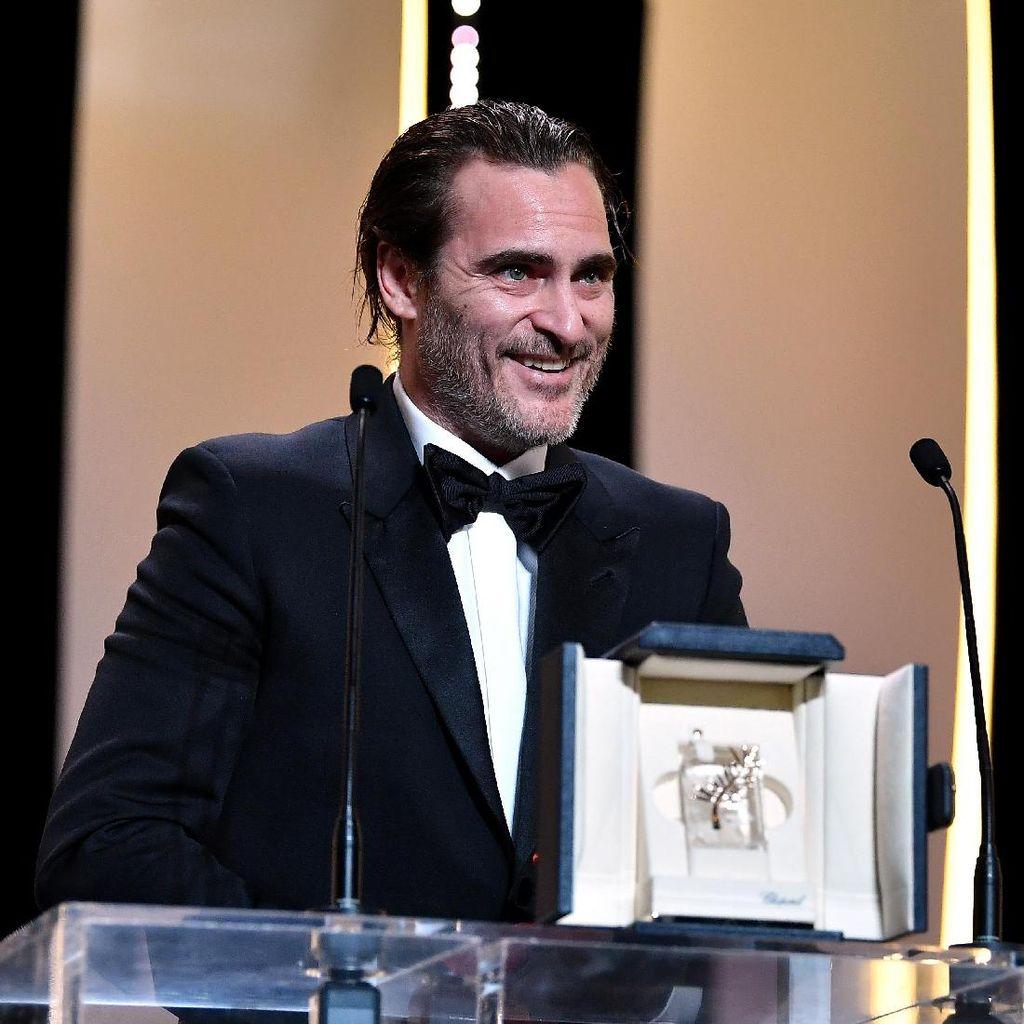 Joaquin Phoenix Disebut Tepat Perankan Batman
