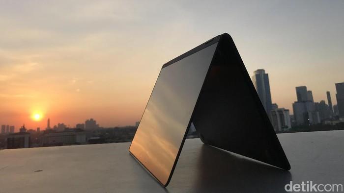 ZenBook Flip S: Desain Mewah, Performa Wah