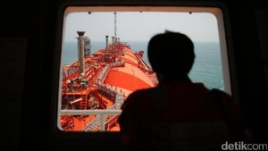 Melihat Produksi Gas Bumi di FSRU Jawa Barat
